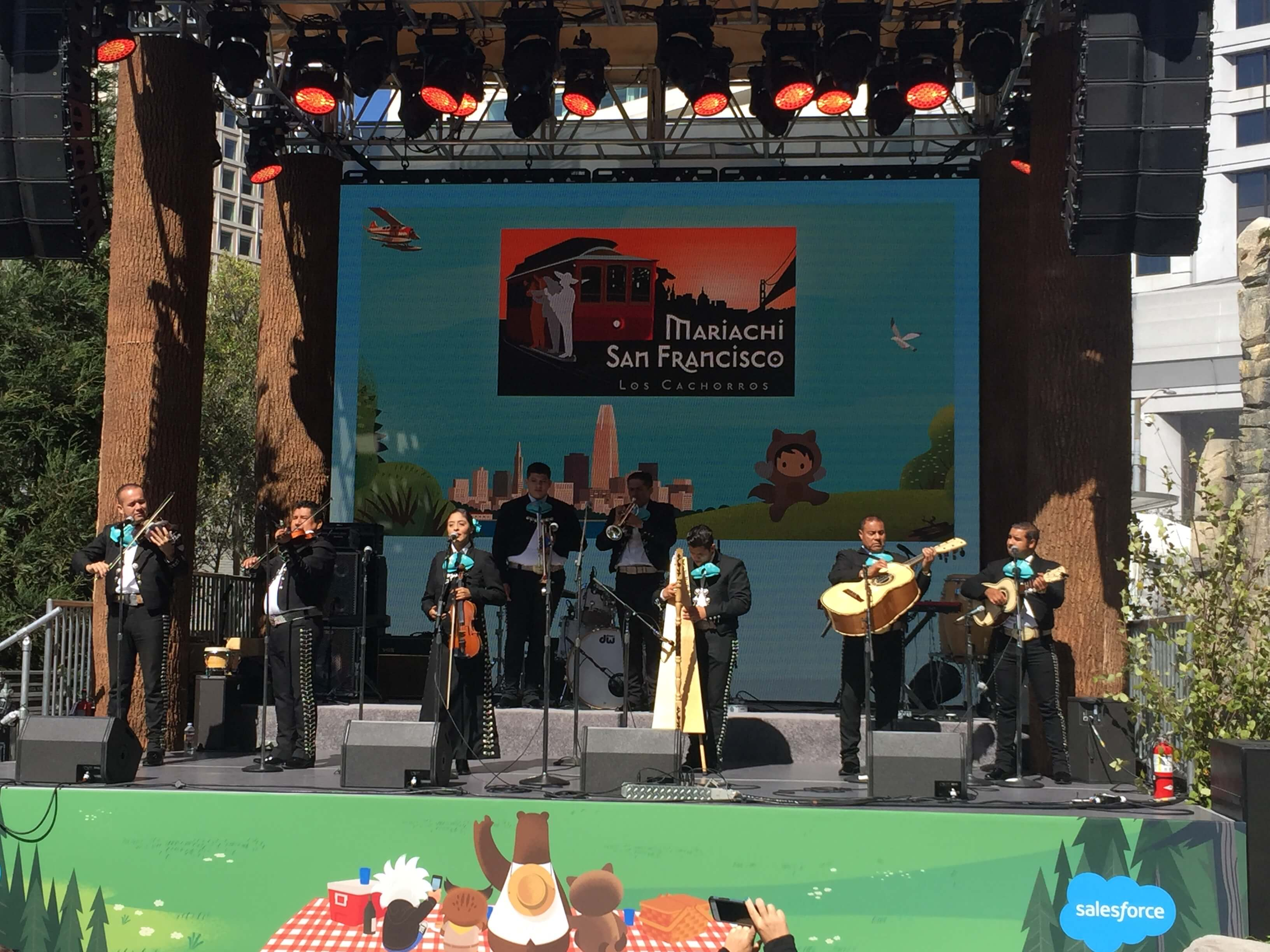 Dreamforce Mariachi_RFPIO